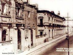 Templo de las Monjas y Palacio Federal.