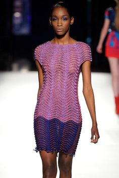 Delicadezas en crochet Gabriela: Vestido de ondas en ganchillo