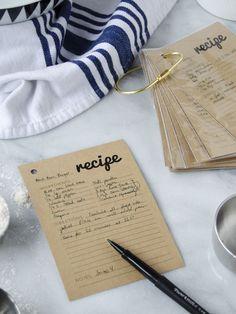 key ring recipe card holder, plus free printable recipe cards...