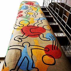 Escalier de secours - Hopital Necker - KeithHaring