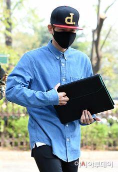 [NEWS] 150424 OTW to Music Bank- Baekhyun -iheartkris