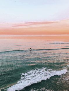 How to Take Good Beach Photos Beach Aesthetic, Summer Aesthetic, Beautiful World, Beautiful Places, Beautiful Sky, Beach Pictures, Aesthetic Pictures, Summer Vibes, Vsco