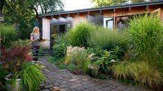 The green space   A Seattle artist transforms her backyard into a spot to unwind and find inspiration
