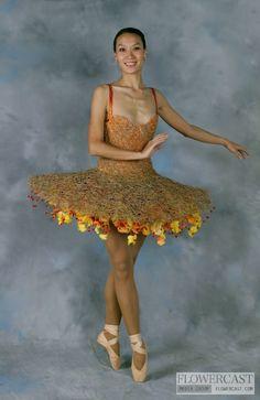 tutu made of flowers Floral Fashion, Fashion Dresses, Ballet Tutu, Ballerina, Floral Texture, Dress Hats, Geek Girls, Fashion Show, Fashion Design