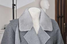 Кашемировое пальто с норковым воротничком – купить в интернет-магазине на Ярмарке Мастеров с доставкой - CL59LRU