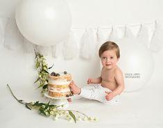 first birthday smashcake naked smash cake First Birthday Pictures, Boy First Birthday, Boy Birthday Parties, Spring Cake, Luke 1, Forest Cake, Cake Smash Photos, 1 An, Cakes For Boys