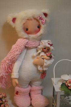 BICHITOS - fidelina muñecas con corazon