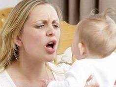 """Conversar com """"voz de bebê"""" atrapalha o desenvolvimento?"""