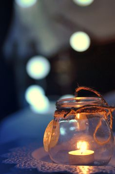 Try These Easy Decorating Tips When Working with Candles Jam Jar Candles, Candle Lanterns, Twinkle Lights, Tea Lights, Unique Candle Holders, Book Wallpaper, Candle In The Wind, Pretty Lights, Night Lamps