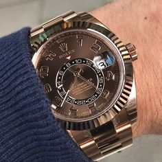 Some chocolate to start the day.... SKY-DWELLER Ref 326935 | http://ift.tt/2cBdL3X shares Rolex Watches collection #Get #men #rolex #watches #fashion
