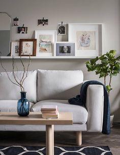 Planten brengen leven in huis | IKEA IKEAnl IKEAnederland inspiratie wooninspiratie interieur wooninterieur kamer woonkamer huis groen duurzaam plant NORSBORG zitbank 2-zitsbank sofa STOCKHOLM salontafel decoratie accessoires accessoire