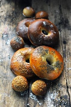 My very own bagels - Dorian Bread Bun, Bread Rolls, Dorian Cuisine, Wine Recipes, Cooking Recipes, Japanese Bread, Breakfast Desayunos, Homemade Bagels, Bread And Pastries
