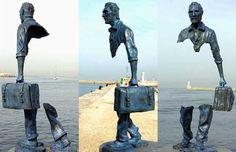 """Bruno Catalano e """"I Viaggiatori"""", le sculture che portano a guardare oltre ciò che si vede. http://brunocatalano.com/ Arte www.ezapping.com"""