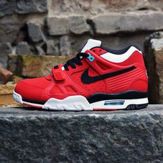 Nike air trainer 3 red october