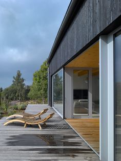 Image 22 of 28 from gallery of House on Windy Peak / Stempel & Tesar Architects. Photograph by Filip Šlapal Steel Barns, Wood Facade, Charred Wood, Farmhouse Renovation, Architect House, Oxblood, Detached House, Studios, Floor Plans