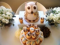 Owl Cake with owl cupcake toppers