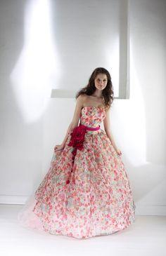 アイリーナ No.19-0010 | ウエディングドレス選びならBeauty Bride(ビューティーブライド)
