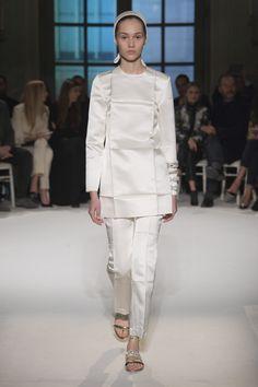 Défilé Giambattista Valli Haute couture printemps-été 2017 6