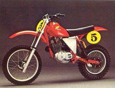 1980- Honda XR500 Engine in a C&J Frame Mx Bikes, Motocross Bikes, Vintage Motocross, Cool Bikes, Off Road Bikes, Honda Motorcycles, Dirtbikes, Classic Bikes, Vintage Bikes