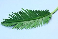 Make Realistic Miniature Model Palm Trees from Paper or Fabric and Wire