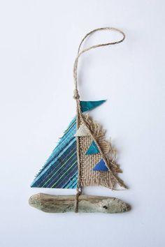 Driftwood boat 'Sea Jewels'