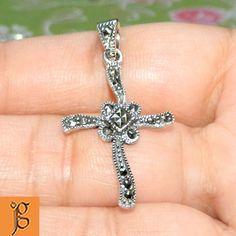 DIVINE HOLY CROSS SWISS MARCASITE .925 STERLING SILVER PENDANT JEWELRY P0069