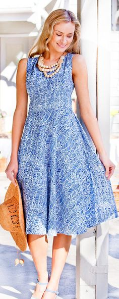 THAT BIRD LABEL - Maggie Wrap Dress   #thatbirdlabel #tuttifruitti #spring #fern #navy #dress #print #pattern