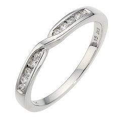 Favorite :) With a solitaire diamond.....yessssss