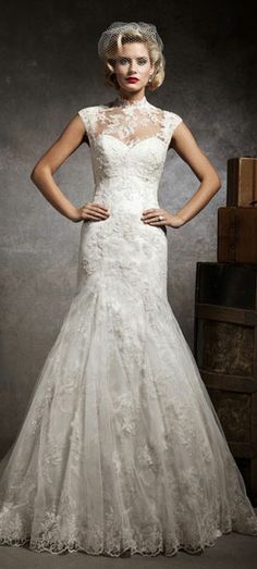 Vintage inspired wedding dress, Um, yes!
