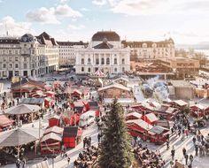 Christmas market in Zurich Carrie, Winter Travel, Beautiful Christmas, Pretty Little, Switzerland, Carry On, Paris Skyline, Opera House, Sunshine