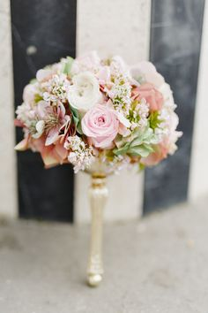 #brautstrauß #bouquet Je Dis Oui: Ein Jawort in Paris | Hochzeitsblog The Little Wedding Corner