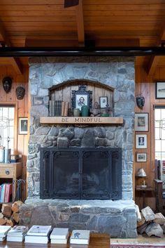 House Tour: A Warm Mountain Cabin in California