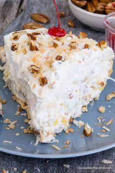 Million Dollar Pie Summer Desserts, Easy Desserts, Delicious Desserts, Yummy Food, Million Dollar Pie, Million Dollar Cake Recipe, Pie Recipes, Dessert Recipes, Milkshakes