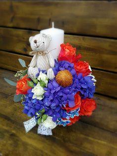 Flowers of Soul: Lumanari de botez Baptism Candle, Diy Flowers, Flower Diy, 4th Of July Wreath, Christening, Hanukkah, Party Time, Wreaths, Table Decorations