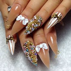 Those are some sick nailz!