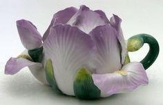 необычные чайники в виде цветов