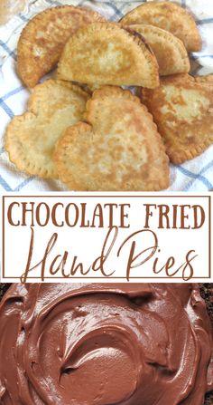 Chocolate Fried Pies, Chocolate Pie Filling, Homemade Chocolate Pudding, Chocolate Pie Recipes, Mini Pie Recipes, Sweet Recipes, Baking Recipes, Pie Dessert, Dessert Recipes