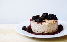 This cheesecake is the perfect blend of nuttiness and sweet, creamy coconut plus, it's got a delightful simple crust and cashew crust that you'll use over and over. You can top this lov… Vegan Recipes Beginner, Raw Food Recipes, Cake Recipes, Dessert Recipes, Raw Vegan Cheesecake, Coconut Cheesecake, Vegan Gluten Free Desserts, Vegan Treats, Healthy Desserts