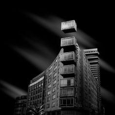 Mesmerizing Monochrome Pictures of Deconstructed Architecture – Fubiz Media