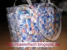 Bag made of tetra pack Exact instructions are ava Recycling Business, Diy Recycling, Upcycle, Recycled Crafts, Diy And Crafts, Paper Crafts, Tetra Pack, Bagged Milk, Paper Weaving
