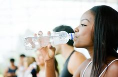 By drinking water instead of sugar and carbohydrate-containing drinks, you can easily cross off hundreds kilocalories per day.