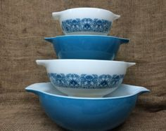 pyrex on Etsy, a global handmade and vintage marketplace.
