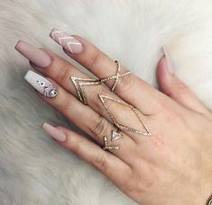 "Receive great tips on ""acrylic nail art designs ring finger"". They are actually accessible for you on our internet site. Gorgeous Nails, Love Nails, How To Do Nails, Fun Nails, Pretty Nails, Nail Art Designs, Newest Nail Designs, Coffin Nail Designs, Nagel Hacks"
