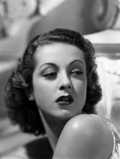 danielle darriex 1930s  hair and eyebrows
