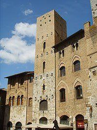 San Gimignano Tower Chigi #SanGimignanotowers #sangimignano #degustazioni #winetasting #Italy #towers #relax #food #foodpairing #wine #winery #Tuscany San Gimignano Towers