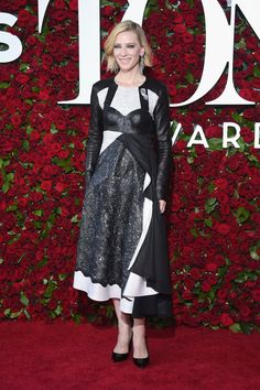 Cate Blanchett in Louis Vuitton and more celebrity looks from the Tony Awards 2016 red carpet.