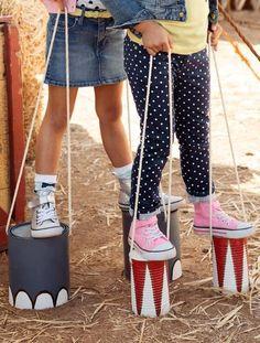 Foto: De kinderen een set blikken geven. Deze laten beschilderen. Een mooi touw erdoor heen maken. Aan het einde van de dag kunnen ze deze mee naar huis nemen.. Geplaatst door gjansenb op Welke.nl