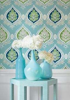 Divine coastal decorating inspiration with this stunning beach house decor, using wallpaper in botanicals in turquoise & cream.  Craving a renovation!  #wallpaper #turquoise #decorating The beach style defined in this space takes advantage of coastal decorating chic.  See more: http://coastallifestyle.com.au/trending-wallpaper/
