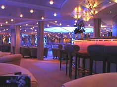 Celebrity Cruises Summit Pink Champagne Bar