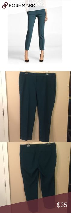 "EXPRESS ""Editor"" Pants EUC!! Great pants for the office or dress/casual occasions! Laid flat waist measures 17.5"", inseam is 26.5"". Rise is 10"". Express Pants Ankle & Cropped"